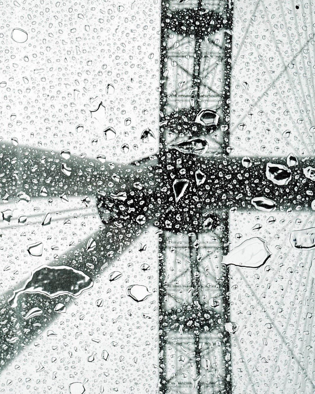 Regentropfen beim London Eye - - Fotoidee für den Herbst